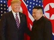 Le président de la RPDC et le président des États-Unis se réunissent à Hanoi