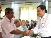 Le président du CC du FPV Tran Thanh Man rencontre les fidèles bouddhistes Hoa Hao