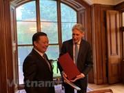 Vietnam et Royaume-Uni partagent des expériences dans la finance