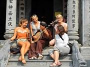 Le Vietnam accueille 15,5 millions de touristes étrangers en 2018