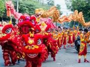 Développer la danse de la licorne, du lion et du dragon pour attirer les touristes