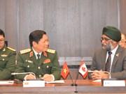 La coopération de défense enrichira le partenariat intégral Canada - Vietnam