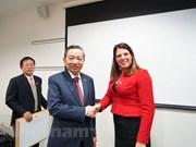 Le ministre de la Sécurité publique To Lam en visite de travail au Royaume-Uni