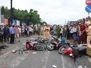 Accident : Un camion tracteur heurte plusieurs véhicules à Long An