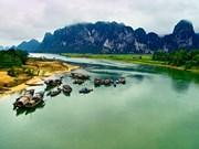 Quang Binh promeut son image à Hollywood