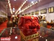 Le village céramique de Bat Trang fabrique des cochons-tirelires pour le Têt traditionnel