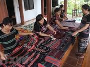 Lancement d'un rapport sur le développement socioéconomique des ethnies minoritaires