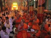 Des Khmers à Soc Trang célèbrent la fête Sene Dolta