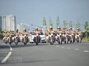 Ho Chi Minh-Ville : un groupe de motardes policières voit le jour