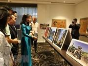 Des laques et photos du Vietnam exposées à Melbourne