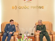 Promotion des relations en matière de défense entre le Vietnam et le Canada