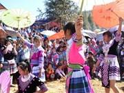 Say San - une fête ardente du printemps des H'mong