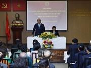 Le PM Nguyen Xuan Phuc rencontre des résidents vietnamiens en Thaïlande