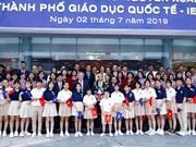 Le Premier ministre visite la Cité de l'éducation internationale de Quang Ngai
