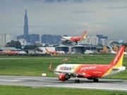Des agences d'aviation modifient des vols à cause du typhon Mun