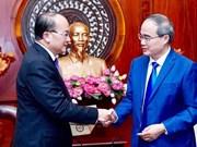 Renforcer la coopération multiforme entre Ho Chi Minh-Ville et Singapour