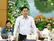 Le ministre des Communications et du Transport répond aux questions d'actualité