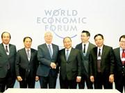 Le PM Nguyên Xuân Phuc termine sa participation au 47e Forum de Davos