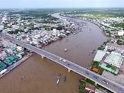 Le Vietnam veut accélérer le développement de la navigation fluviale