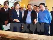 Le PM inspecte la 1re technologie vietnamienne de valorisation énergétique des déchets
