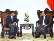 Le PM Nguyên Xuân Phuc reçoit l'ambassadeur du Myanmar