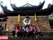 Une promenade printanière d'amitié pour promouvoir les sites de Hanoi