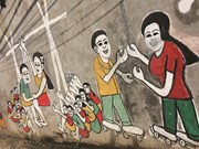 Le vieil homme qui donne une nouvelle jeunesse à une ruelle à Hanoi