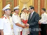Le président exhorte la police populaire à honorer son rôle