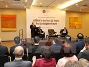 Le Vietnam confiant en l'avenir de l'ASEAN, l'élan des liens avec l'Indonésie