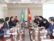 Le Vietnam souhaite resserrer ses relations avec le Kazakhstan