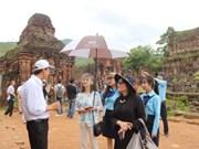 Les épouses des ministres de l'APEC font l'expérience du patrimoine de Quang Nam