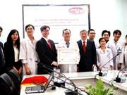 Un centre d'analyses médicales vietnamien certifié par Westgard