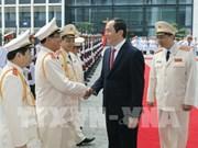 Le président décore la force logistique et technique de la Police