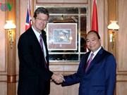 Le PM Nguyen Xuan Phuc rencontre des entreprises laitières néo-zélandaises