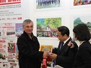 Vietnam - France : les relations traditionnelles entre les deux partis communistes ne cessent de se