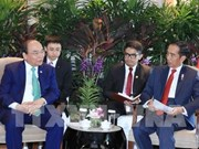 Le PM rencontre les présidents indonésien et birman à Singapour