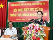 La présidente de l'AN rencontre des électeurs de la ville de Can Tho