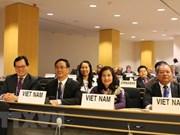 La garantie des droits des femmes salariées est une priorité du Vietnam