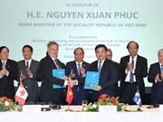 Le PM à la cérémonie de signature de remise des mémorandums de coopération Vietnam-Canada
