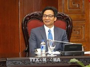 Le vice-PM Vu Duc Dam reçoit le directeur général du PNUD