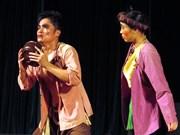Le théâtre traditionnel cherche à assumer le poids de l'héritage