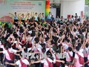 Clôture du camp d'été pour enfants vietnamiens, laotiens et cambodgiens