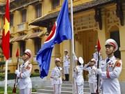 Le Vietnam hisse le drapeau de l'ASEAN 2018