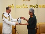 Renforcement des liens de défense entre le Vietnam et la France