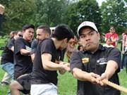 Les festivaliers se tirent la bourre pour booster les liens ASEAN-Canada