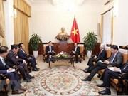 Le vice-PM Pham Binh Minh reçoit le consul général honoraire du Vietnam en R. de Corée