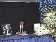 Ho Chi Minh-Ville rend hommage au sénateur américain John McCain