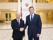 Le leader du PCV rencontre le vice-président du Conseil de la Fédération de Russie