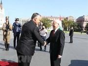 Le Premier ministre hongrois souhaite renforcer la coopération multiforme avec le Vietnam