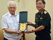 Le Vietnam stimule la coopération de défense avec la Russie et le Laos